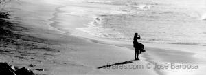 /O surfista e a sua sombra .