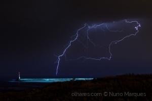 Paisagem Natural/Dias de tempestade III
