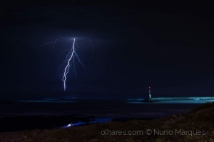 Paisagem Natural/Dias de tempestade IV