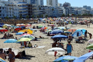 Gentes e Locais/Chapéus de sol