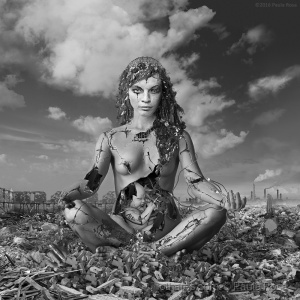 Arte Digital/Madonna of the Rubble Throne