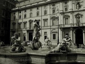 /La Fontana del Moro .. ler