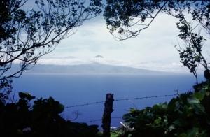 Paisagem Natural/Montanha do Pico vista de São Jorge