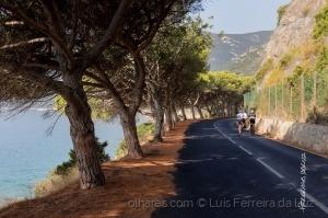 Desporto e Ação/De bicicleta entre o mar e a montanha.