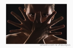 Retratos/Hands and eyes