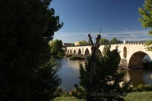 Paisagem Urbana/Ponte sobre o Duero