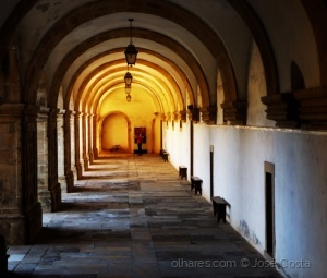 /Corredores do Mosteiro de Santa a Clara a Nova - C