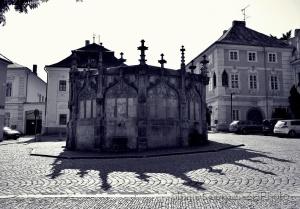 Arquitetura/A fonte e a coroa de sombra