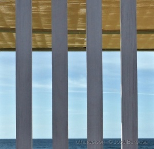 Abstrato/Blue sea and sky .