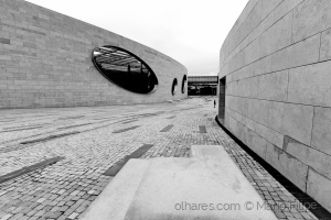 /light and architecture of lisbon ( ler )