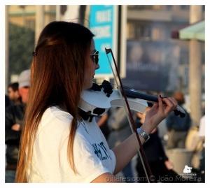 Gentes e Locais/Musica dos Bwduet ao Por-do-Sol