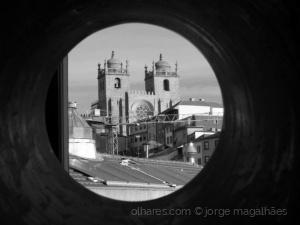 /A Sé do Porto, por um canudo