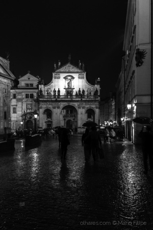 /street photography with rain in Prague