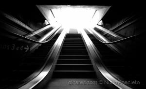 Outros/Afraid of the light
