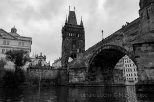 /the hidden light of Prague