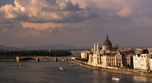 /architecture with light in Budapest