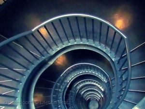 Outros/Spikes in a spiral...ler