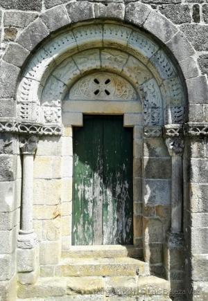 História/A Igreja de Santa Eulália do Mosteiro de Arnoso