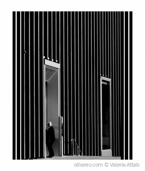 Arquitetura/a closed door....