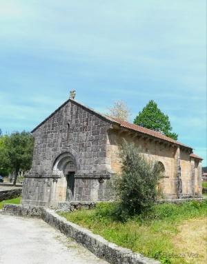 História/Igreja de Santa Eulália do Mosteiro de Arnoso