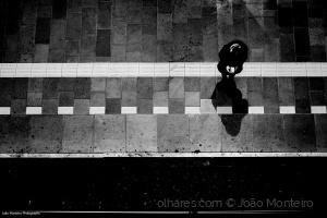 Gentes e Locais/In between