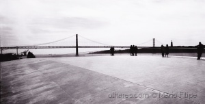 /the people in Lisbon architecture ( analógico )
