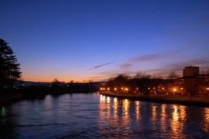 Paisagem Natural/O Cair da noite sobre o rio