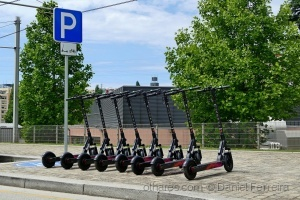 /Scooter station