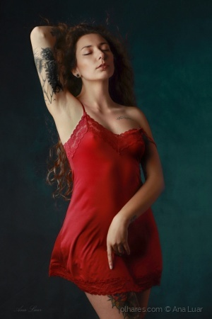 /Lady in Red