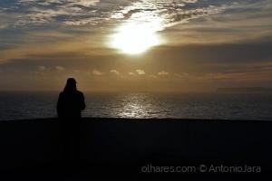 /Admirando o Pôr do Sol  ( Cabo Carvoeiro )