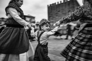 Retratos/A roda do folclore