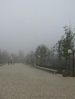 /Manhã de nevoeiro