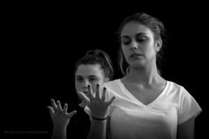 Retratos/my heart, your hands