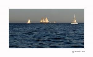 Outros/Deslizándose en el mar
