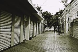 Outros/Rua solitária