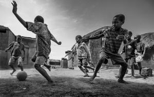 Fotojornalismo/A dança da bola