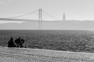 Arquitetura/As pessoas na luz de Lisboa
