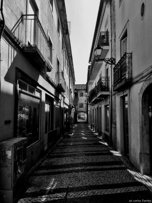 /Uma rua com um arco!