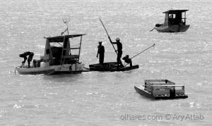 /Mais Um Dia no Mar