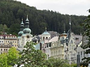 Gentes e Locais/Ainda Karlovy Vary
