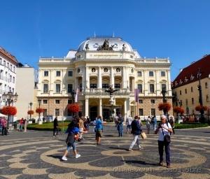 /Bratislava,
