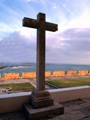 /A Cruz da Fortaleza de Peniche